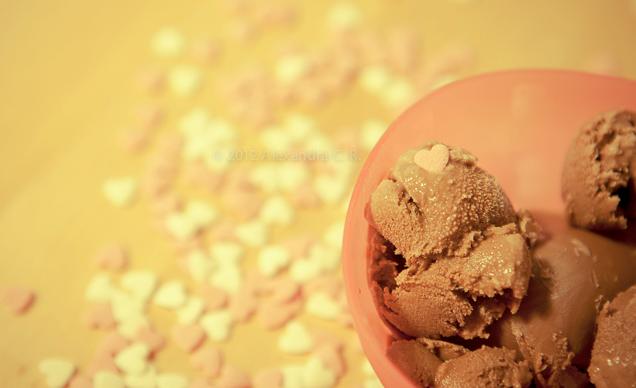 gelado-chocolate-e-manteiga-de-amendoim